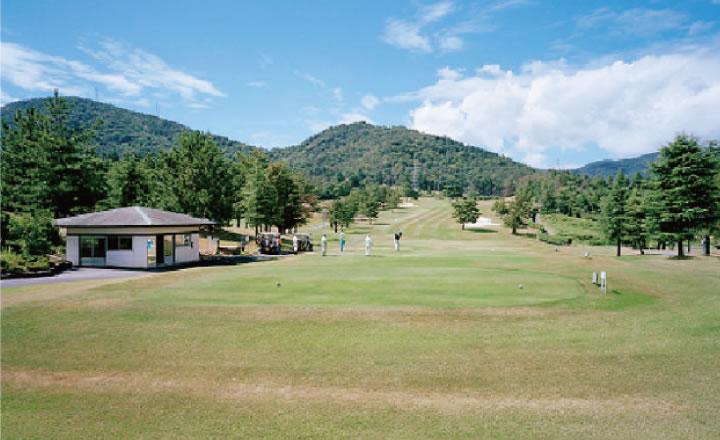 ゴルフ場カートパス 舗装工事